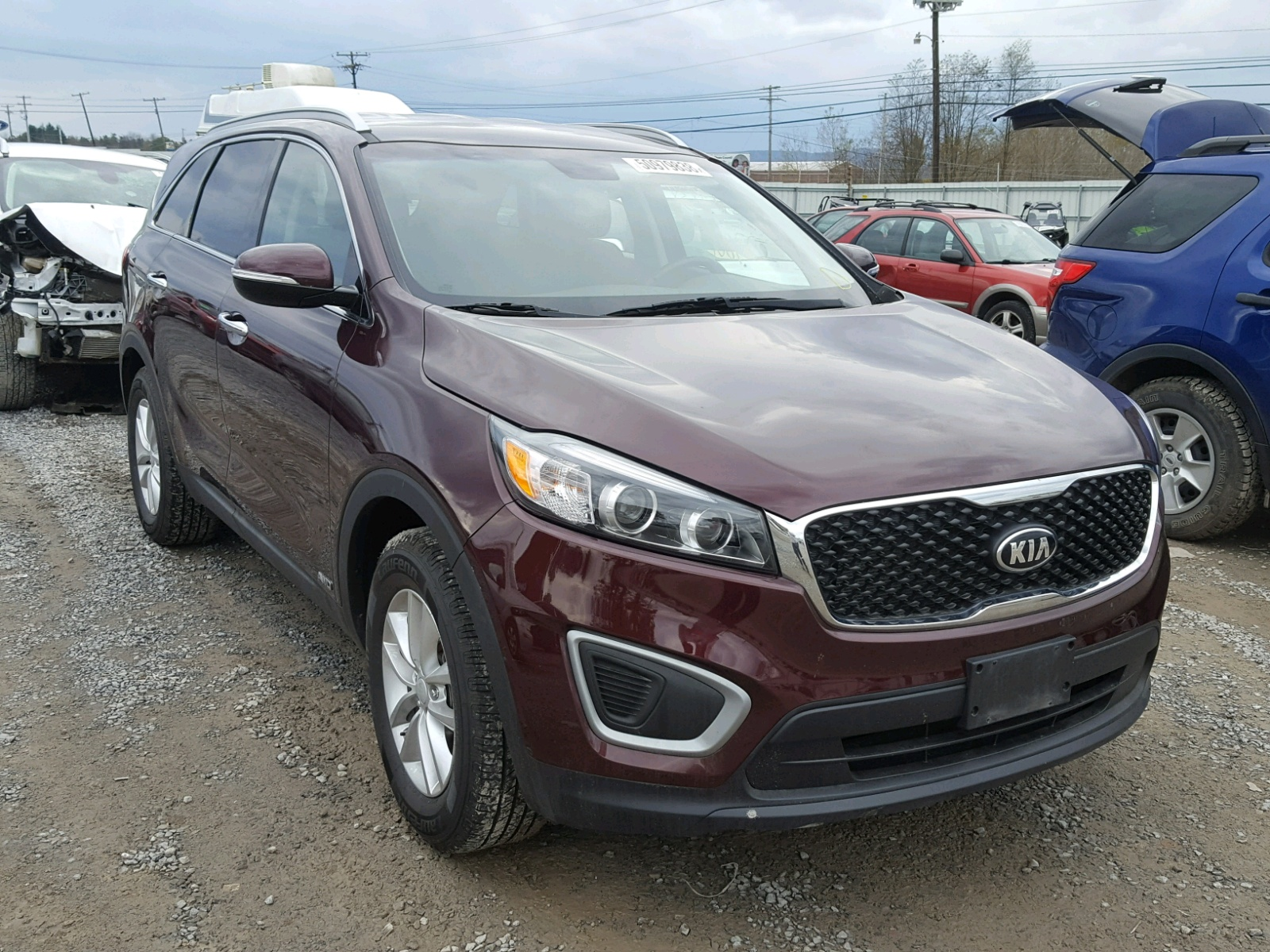 Salvage 2016 KIA SORENTO LX for sale