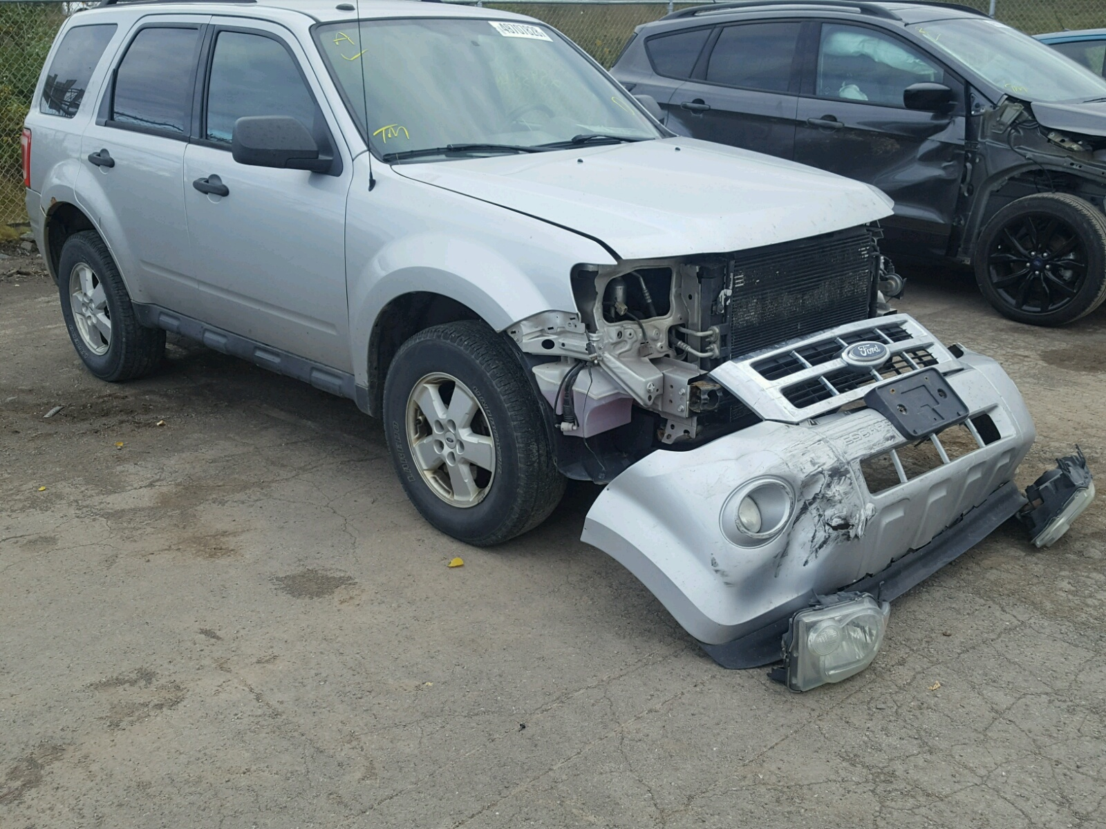Salvage 2009 Ford ESCAPE XLT for sale