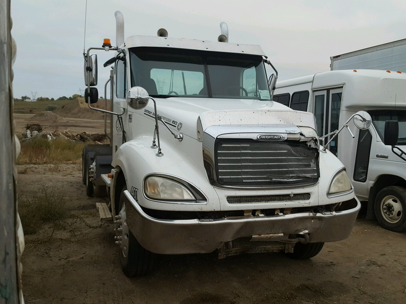 Salvage 2006 Freightliner CONVENTION for sale
