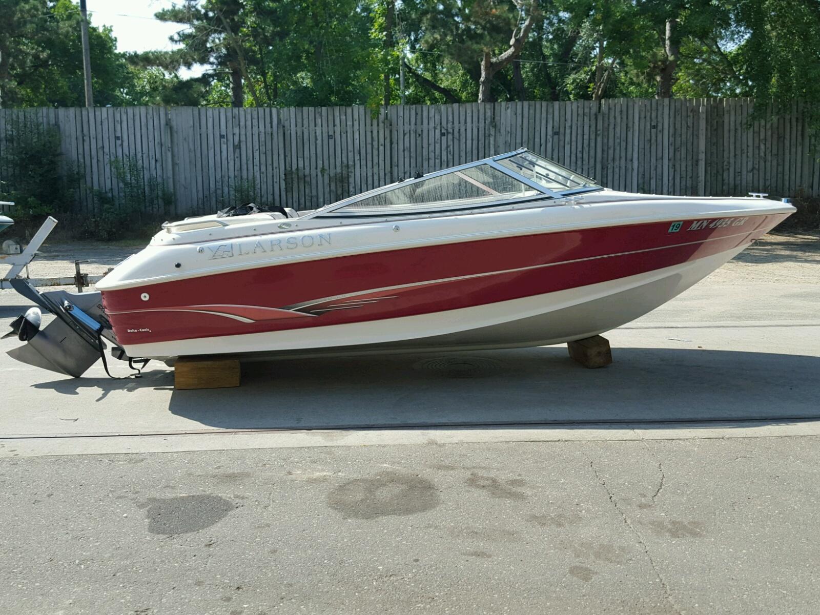 Salvage 2006 Larson 174 SEI for sale