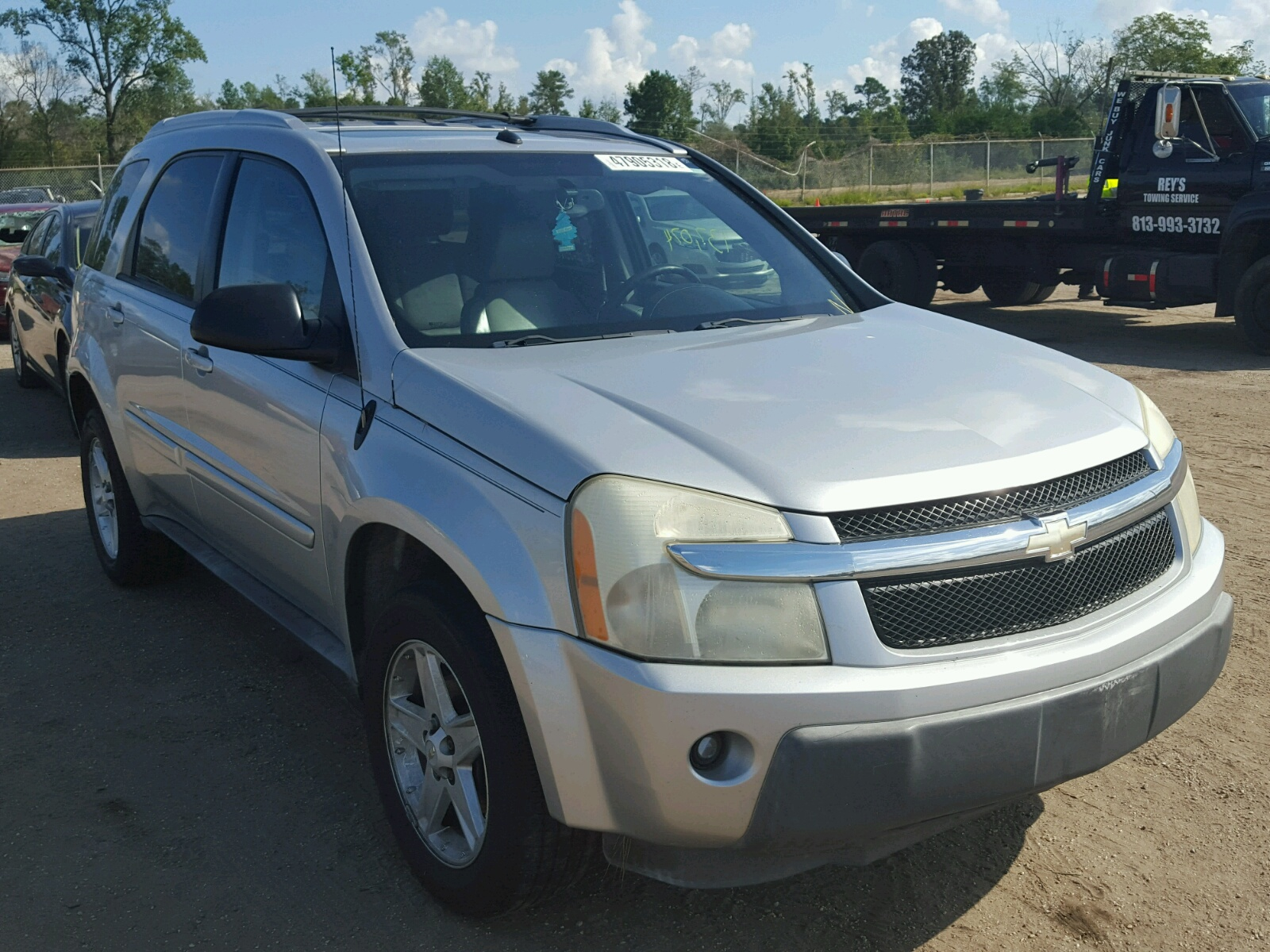 Salvage 2005 Chevrolet EQUINOX LT for sale
