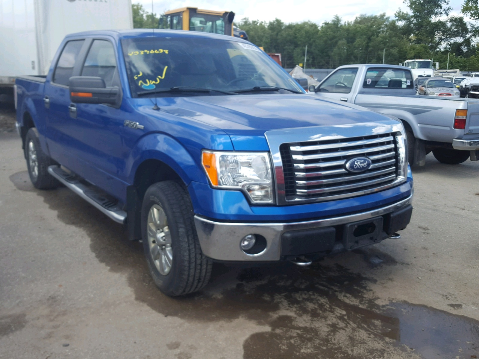 Salvage 2010 Ford F150 SUPER for sale