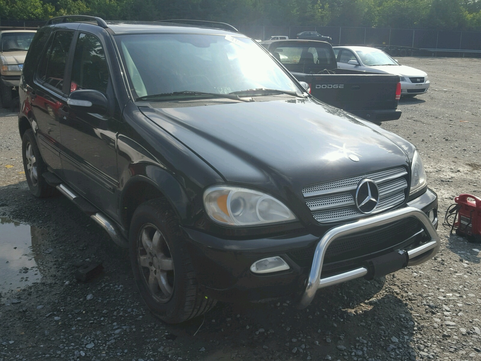 Salvage 2004 Mercedes-Benz ML 350 for sale