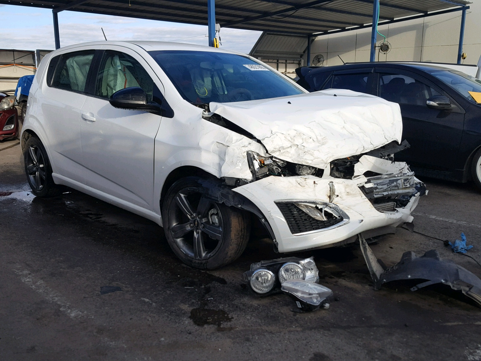 Salvage 2016 Chevrolet SONIC RS for sale