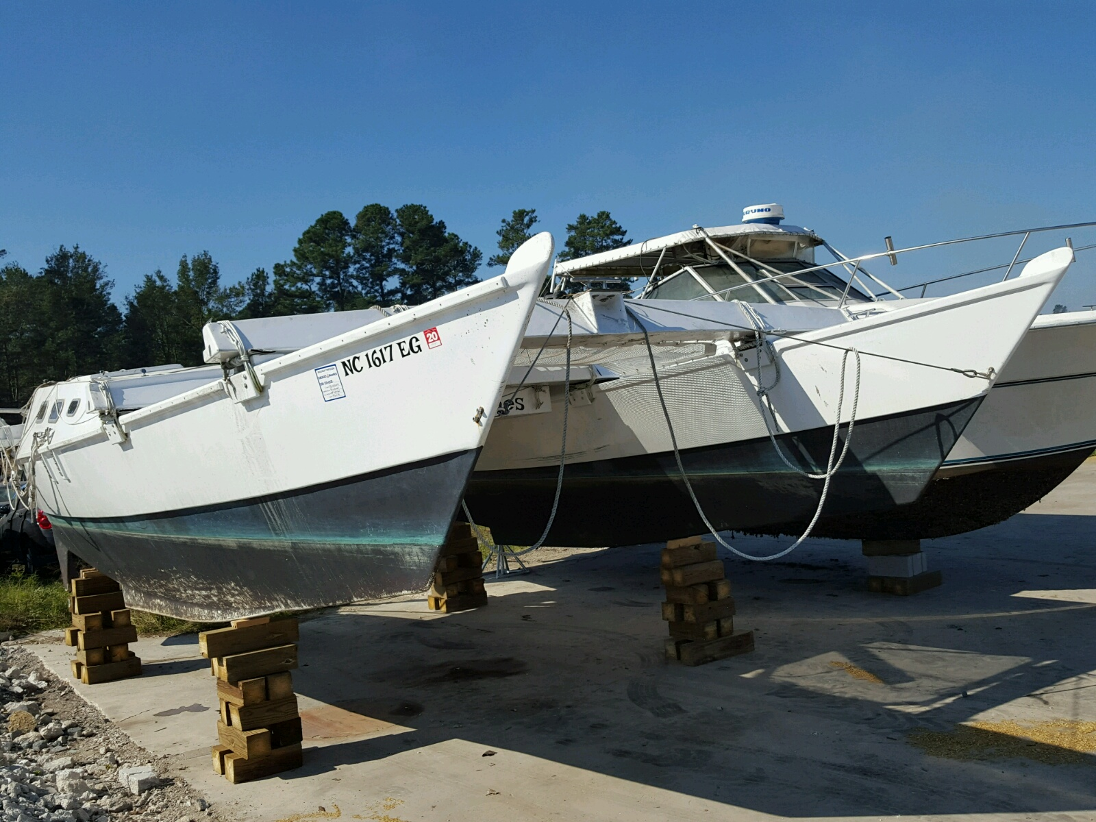 Salvage 2017 Boat MARINE LOT for sale