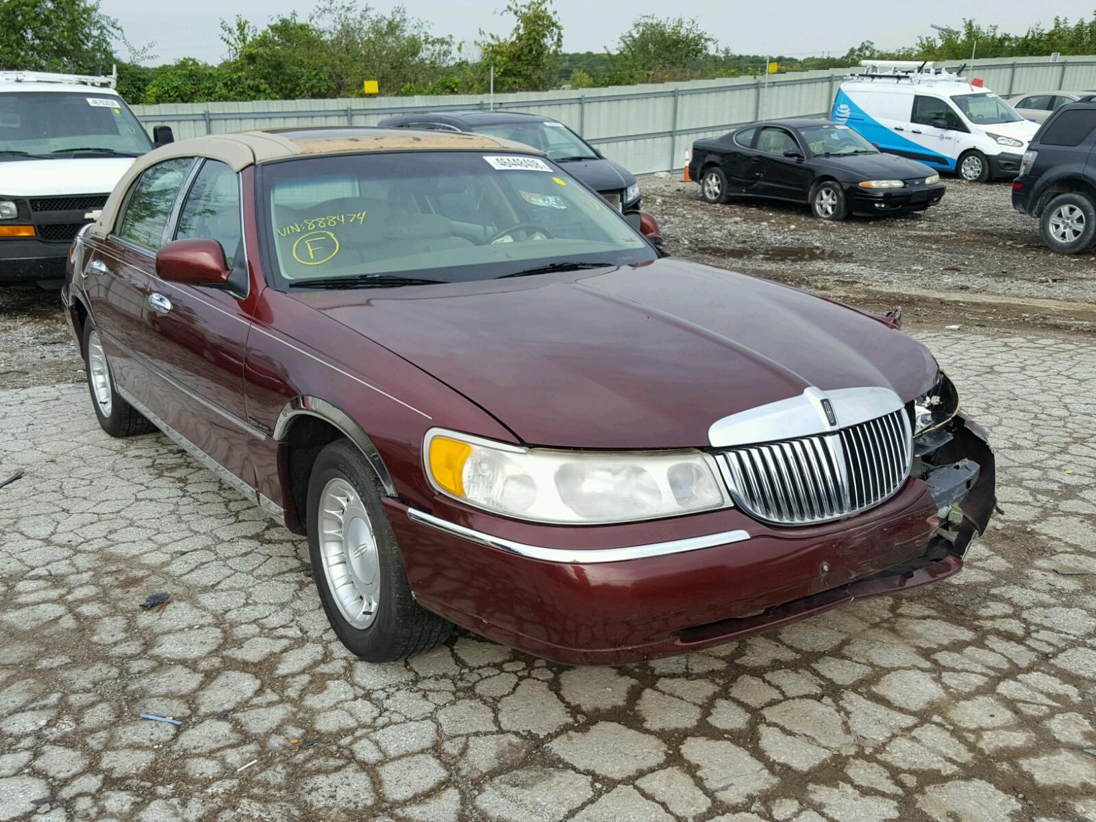 2000 Lincoln Town Car C For Sale At Copart Kansas City Ks Lot 46448408