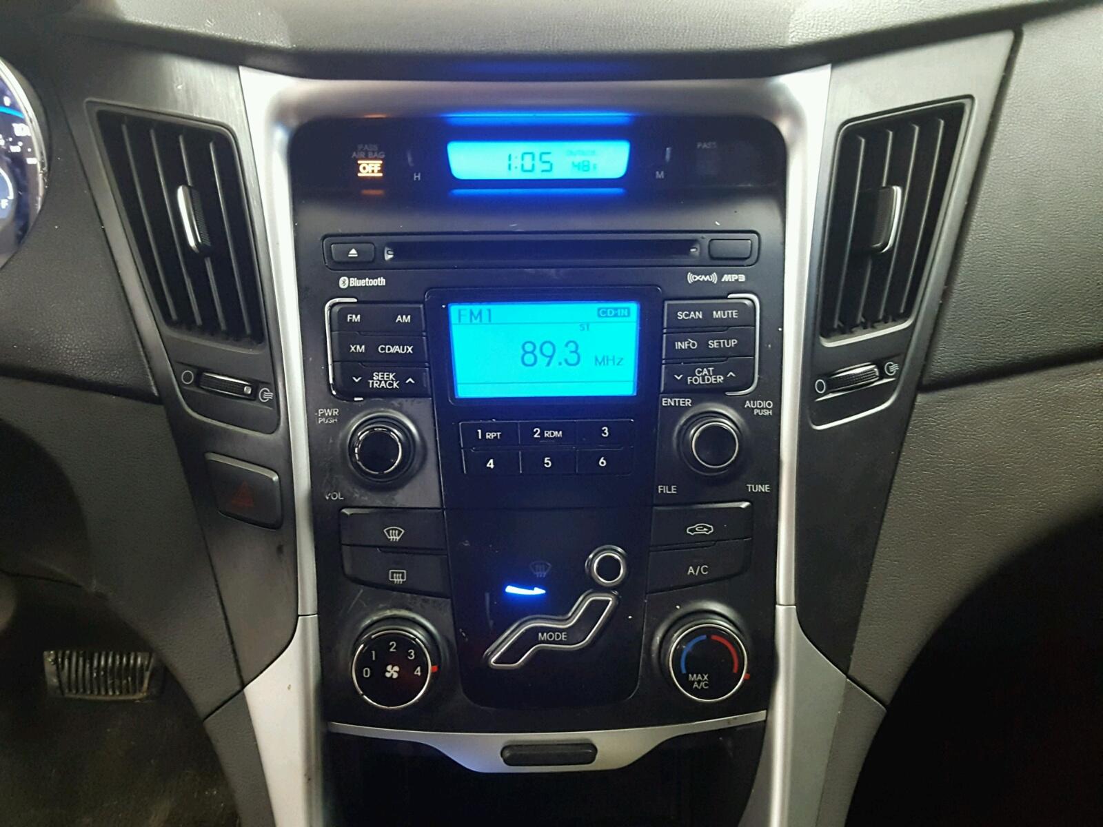 5NPEB4AC0BH181770 - 2011 Hyundai Sonata Gls 2.4L engine view