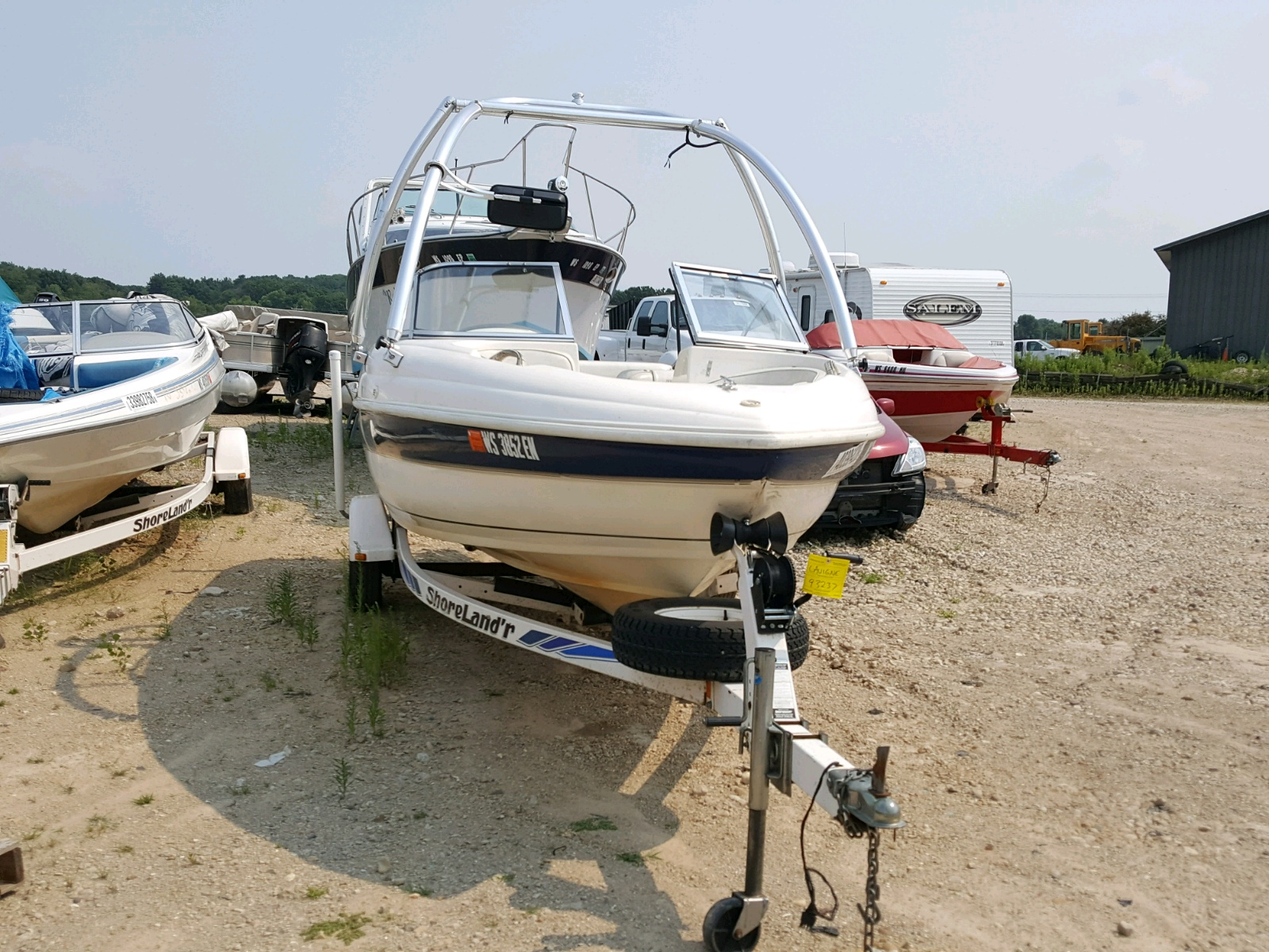 Salvage 1998 Rinker BOAT for sale