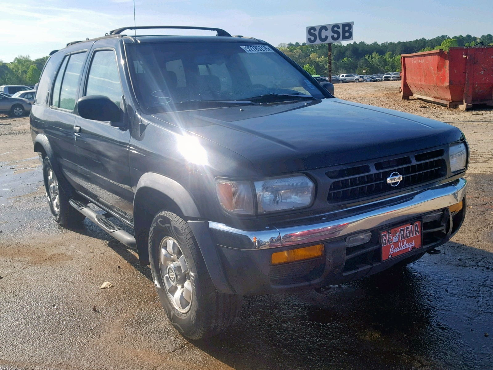 Salvage 1998 Nissan PATHFINDER for sale