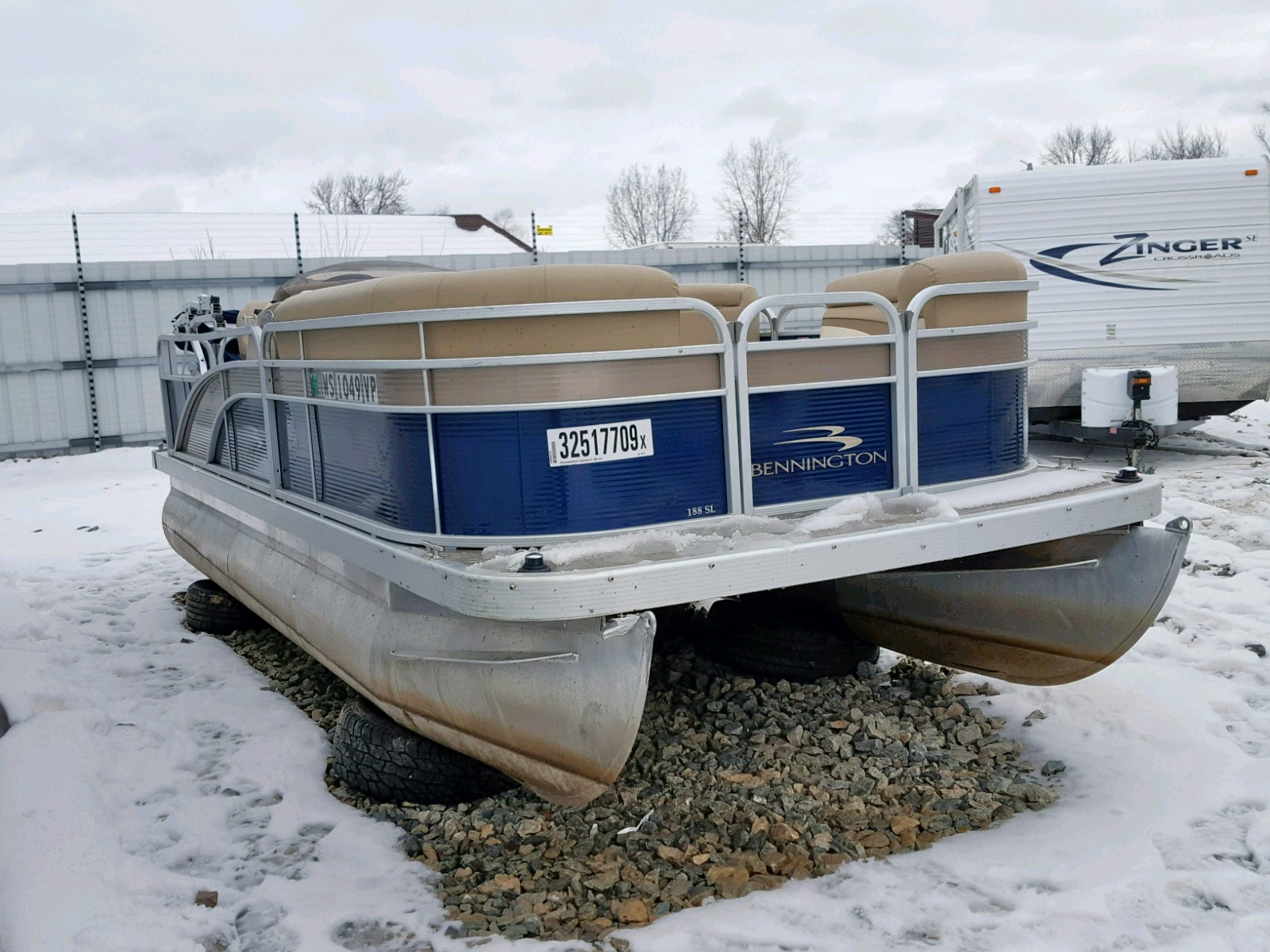 Salvage 2016 Bennche BOAT for sale