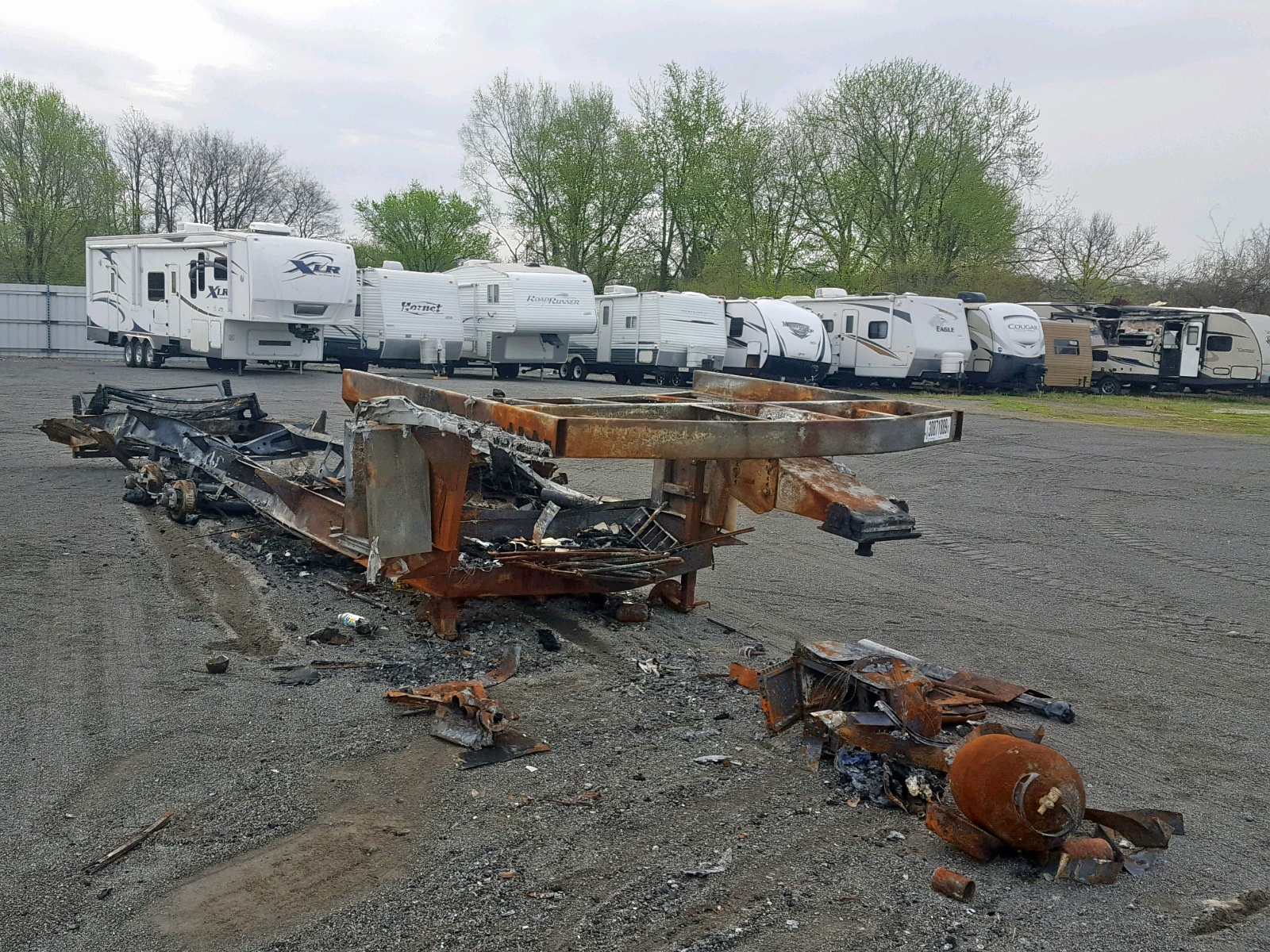 Salvage 2019 Dutchmen TRAILER for sale