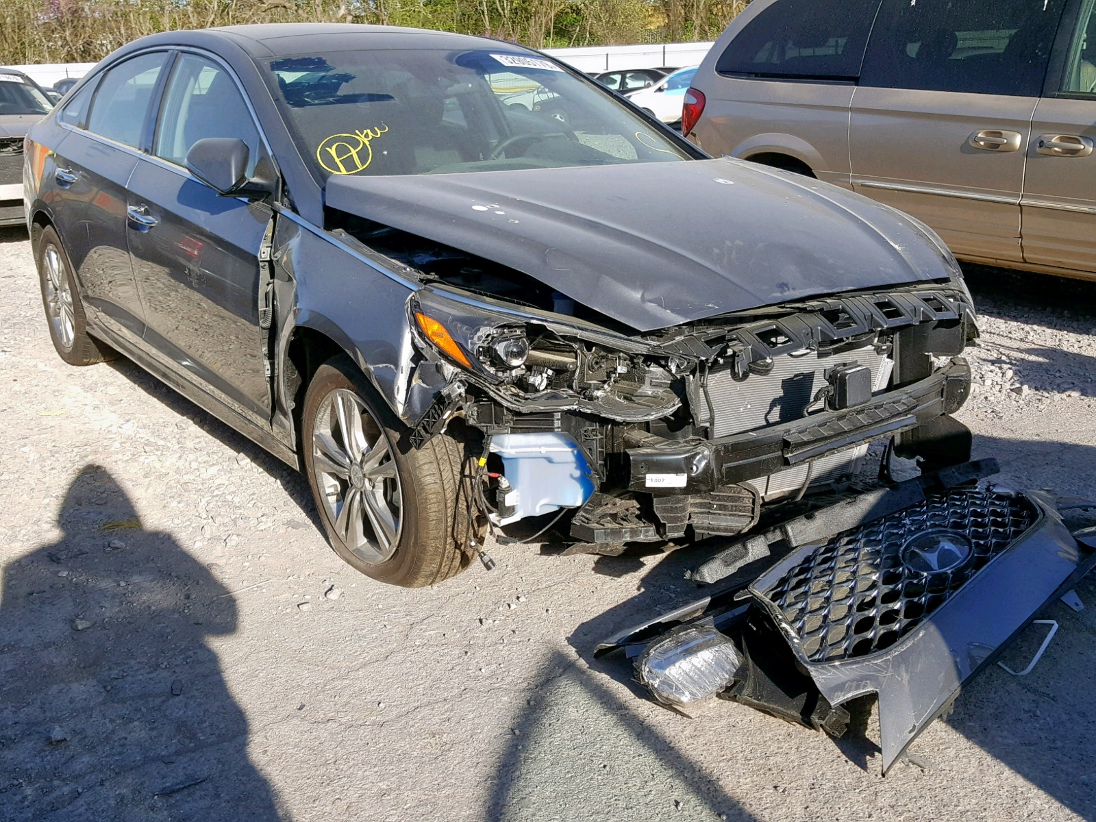 Salvage 2019 Hyundai SONATA LIM for sale