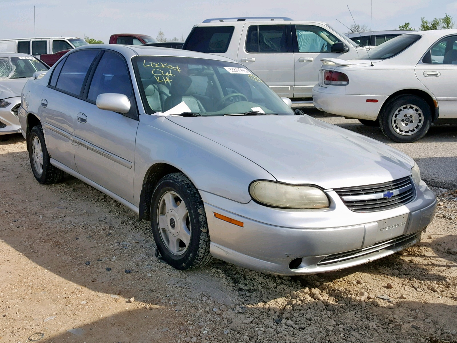 Salvage 2001 Chevrolet MALIBU LS for sale