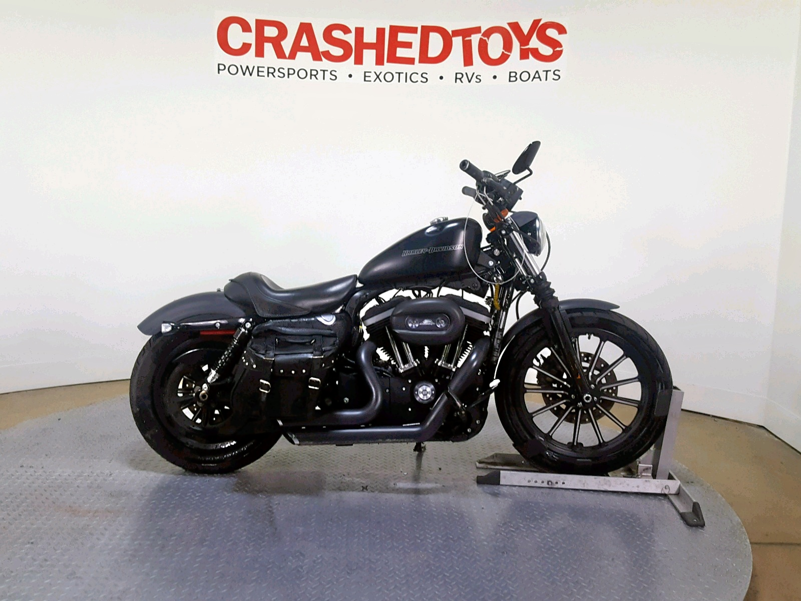 Salvage 2010 Harley-Davidson XL883 N for sale
