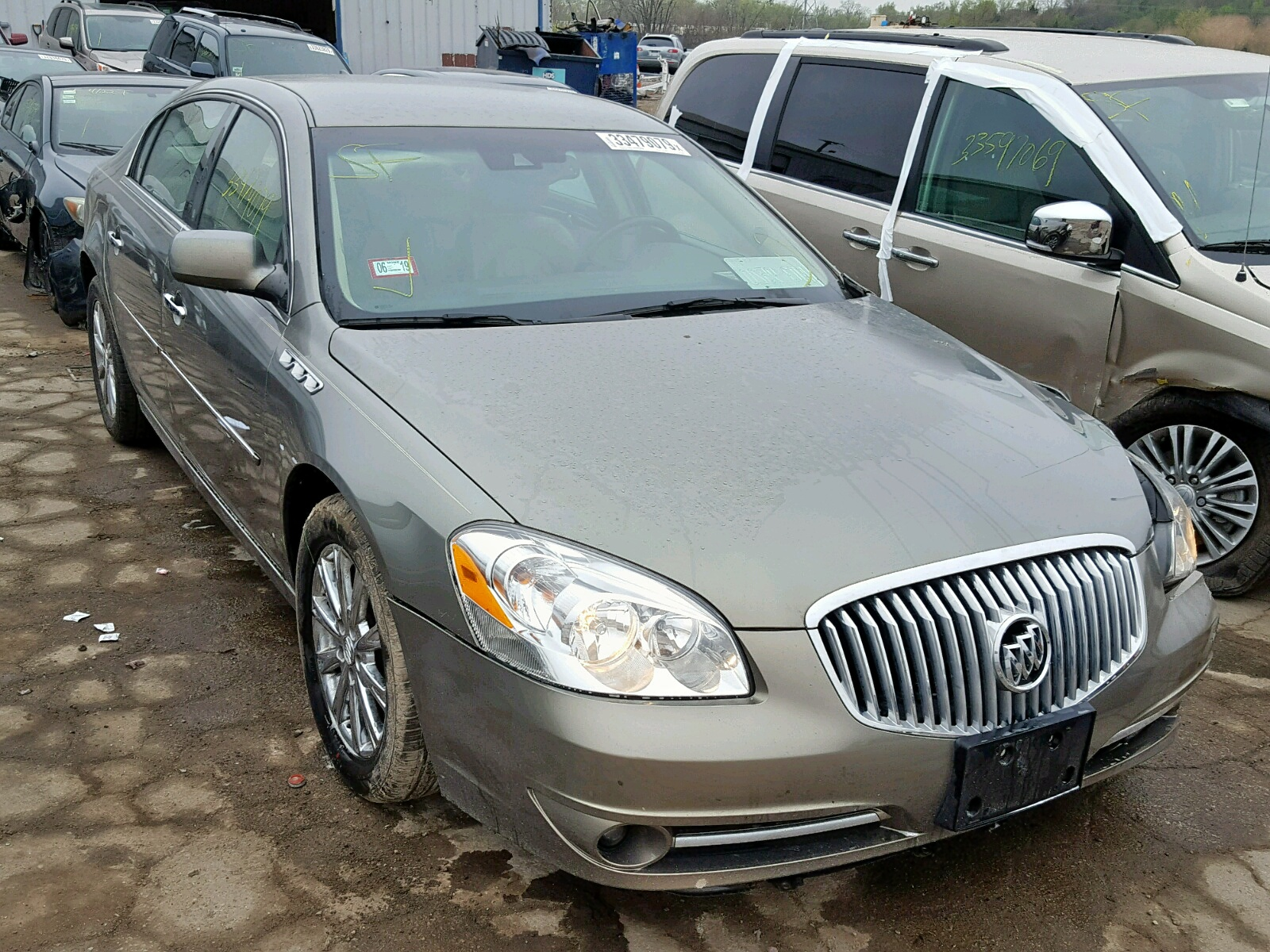Salvage 2011 Buick LUCERNE CX for sale