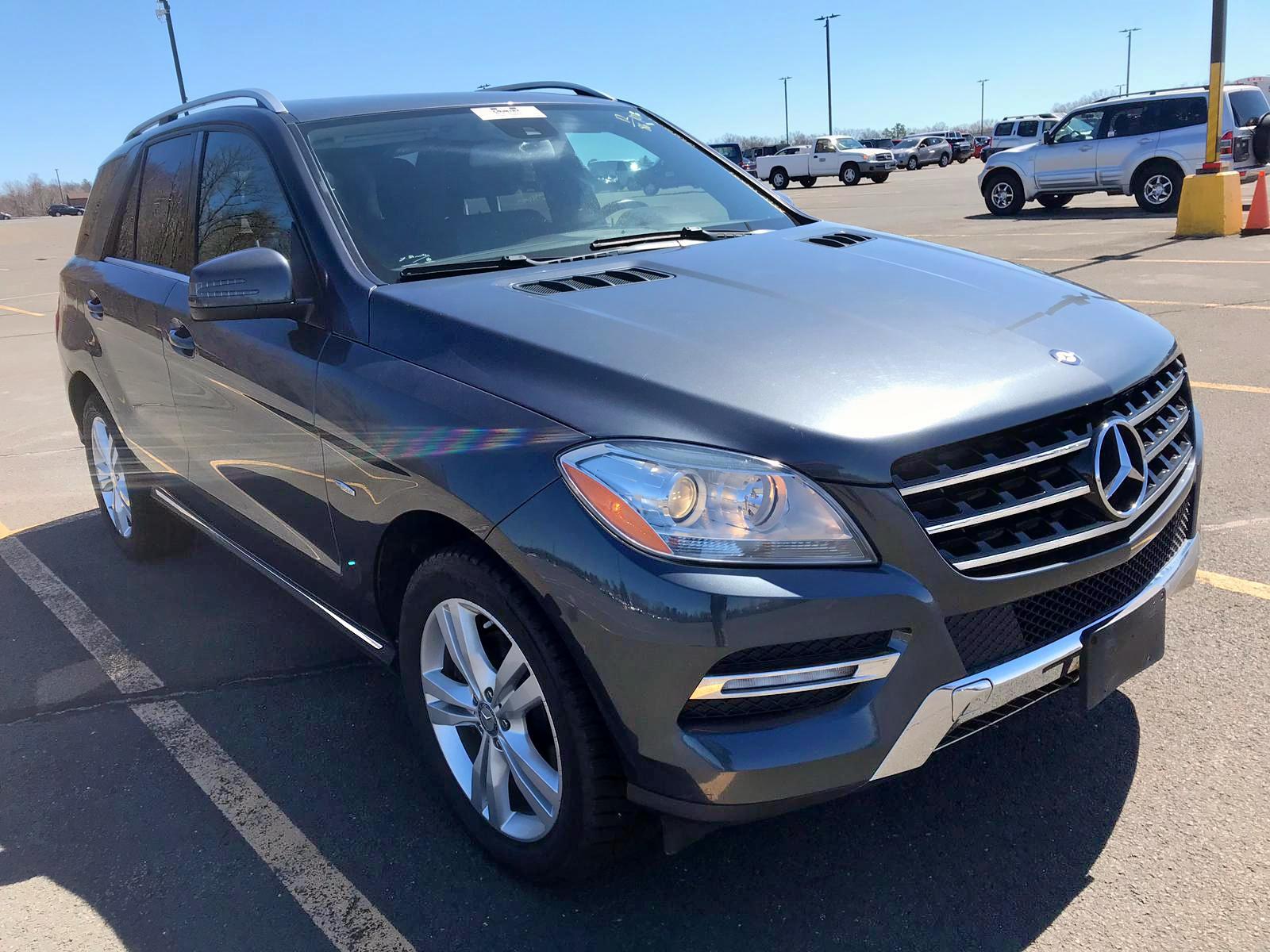 Salvage 2012 Mercedes-Benz ML 350 BLU for sale