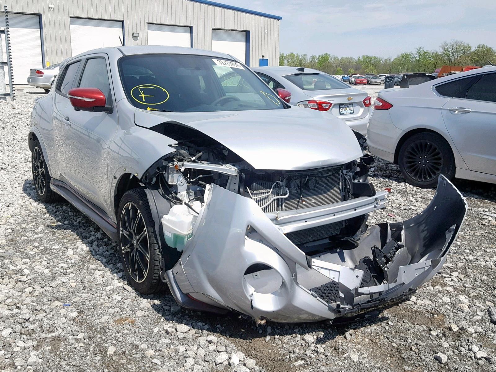 Salvage 2015 Nissan JUKE S for sale