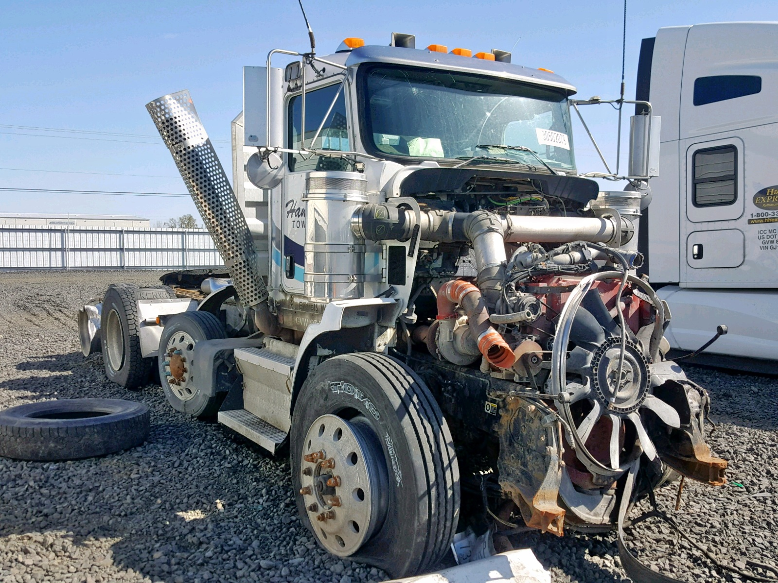 Salvage 2008 Kenworth CONSTRUCTI for sale