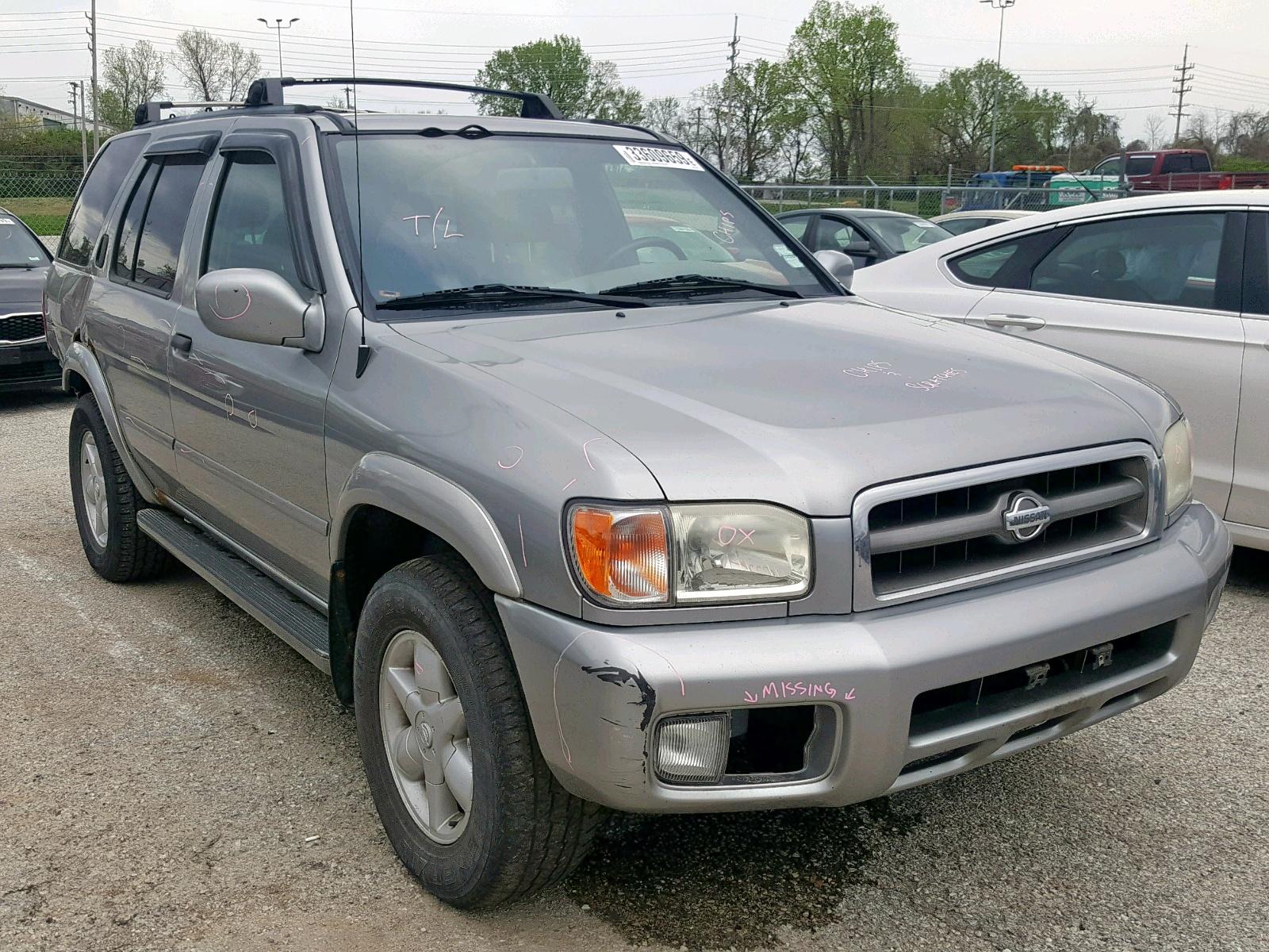Salvage 2001 Nissan PATHFINDER for sale