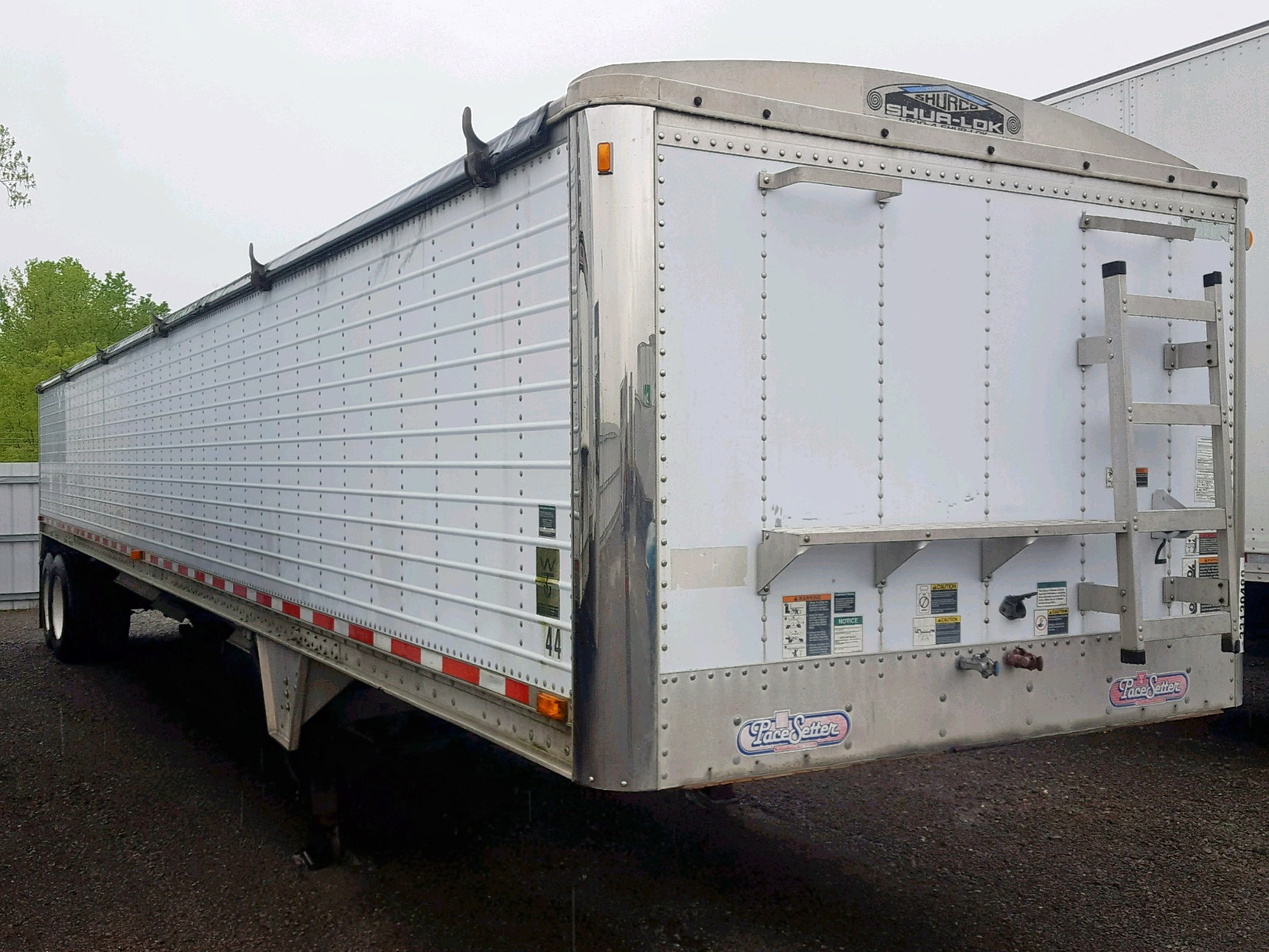 Salvage 2002 Wilson TRAILER for sale