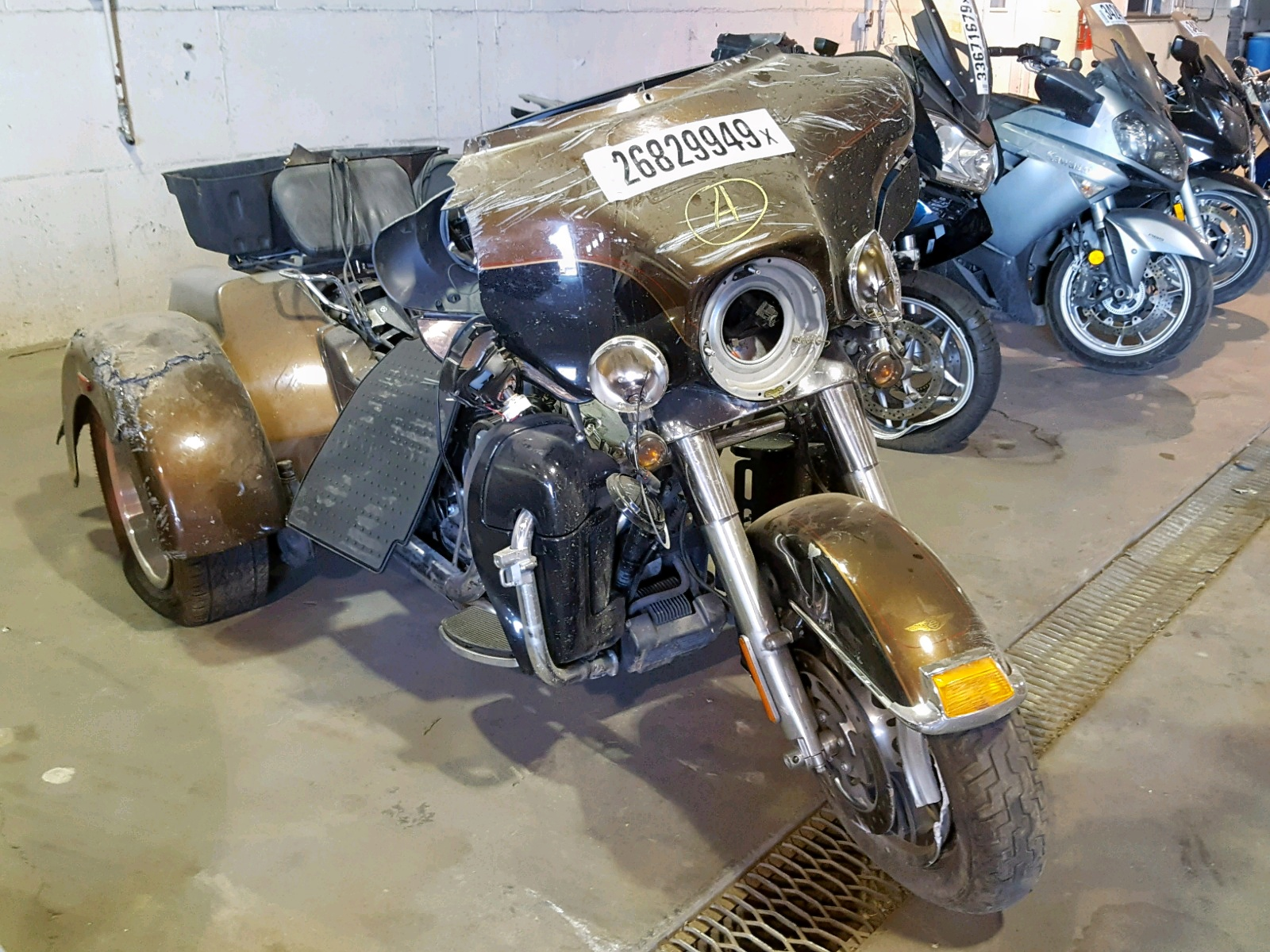 click here to view 2013 HARLEY-DAVIDSON FLHTCUTG T at IBIDSAFELY
