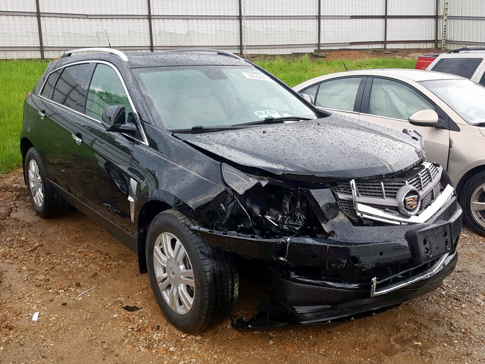 Salvage 2011 Cadillac SRX LUXURY for sale