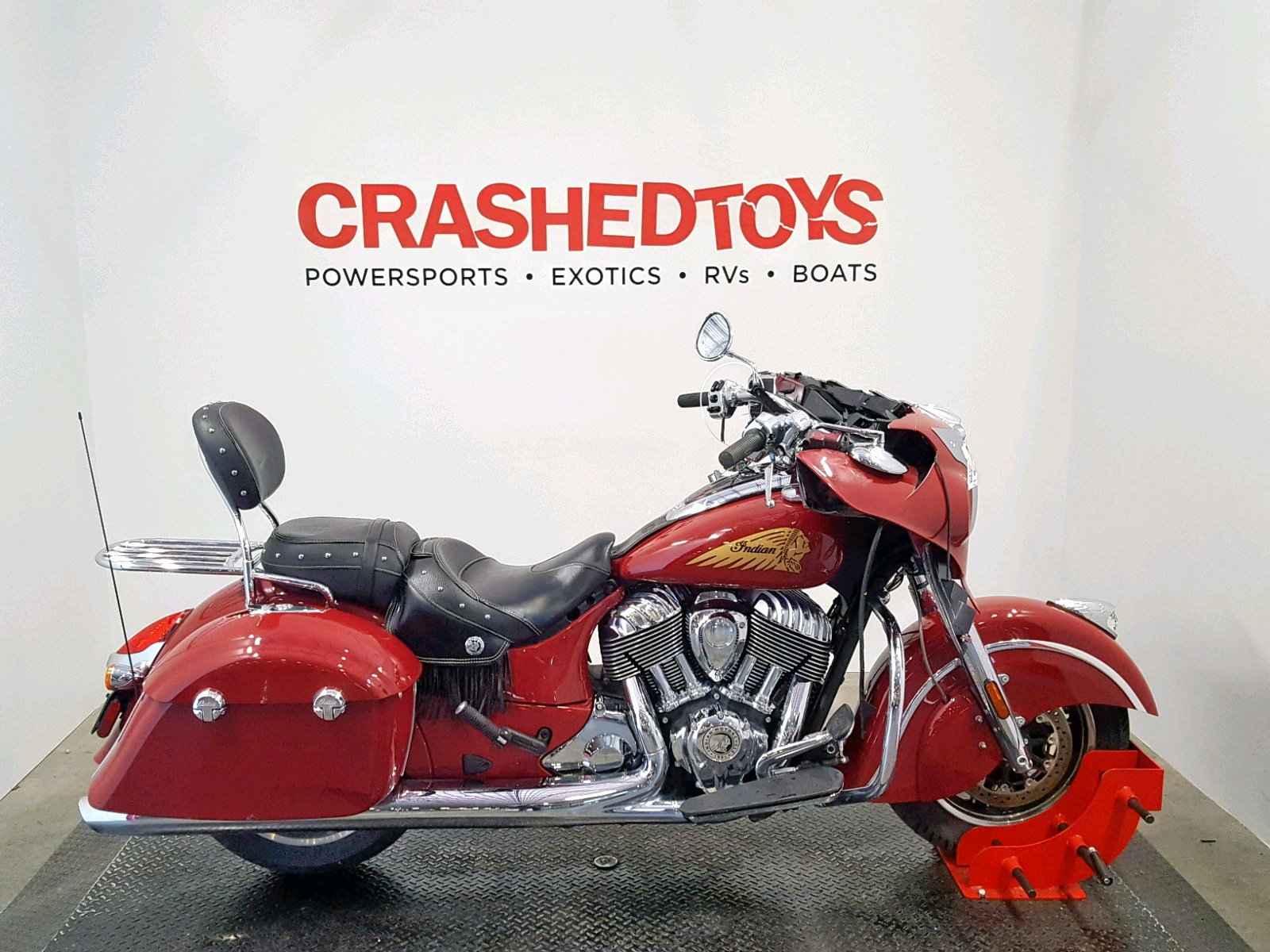 Salvage 2018 Indian Motorcycle Co. CHIEFTAIN for sale