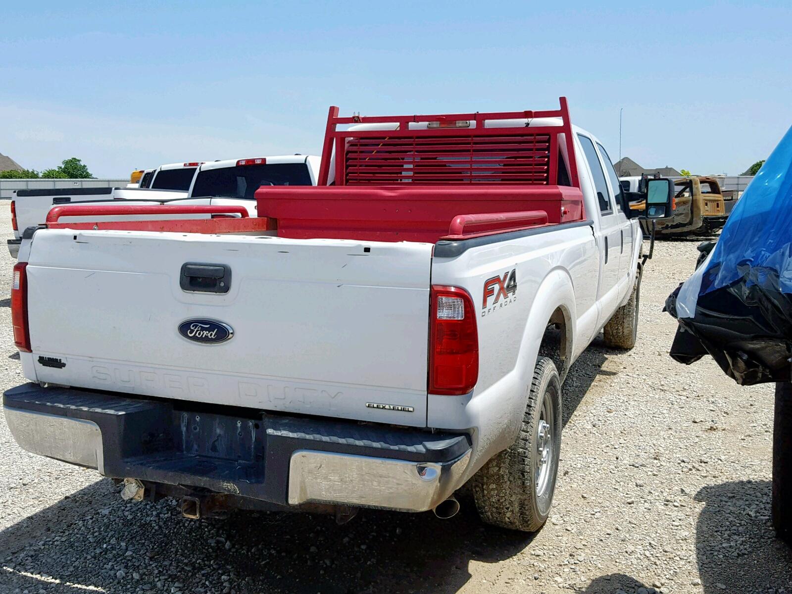 1FT7W2B60EEB03214 - 2014 Ford F250 Super 6.2L rear view
