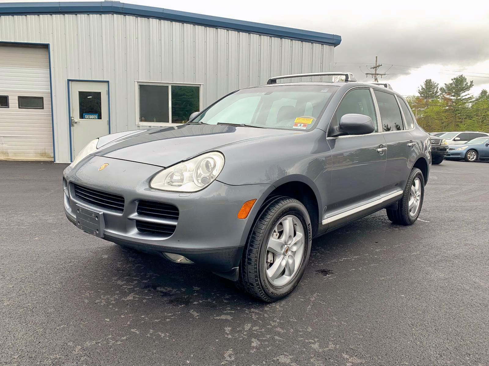Salvage 2004 Porsche CAYENNE for sale