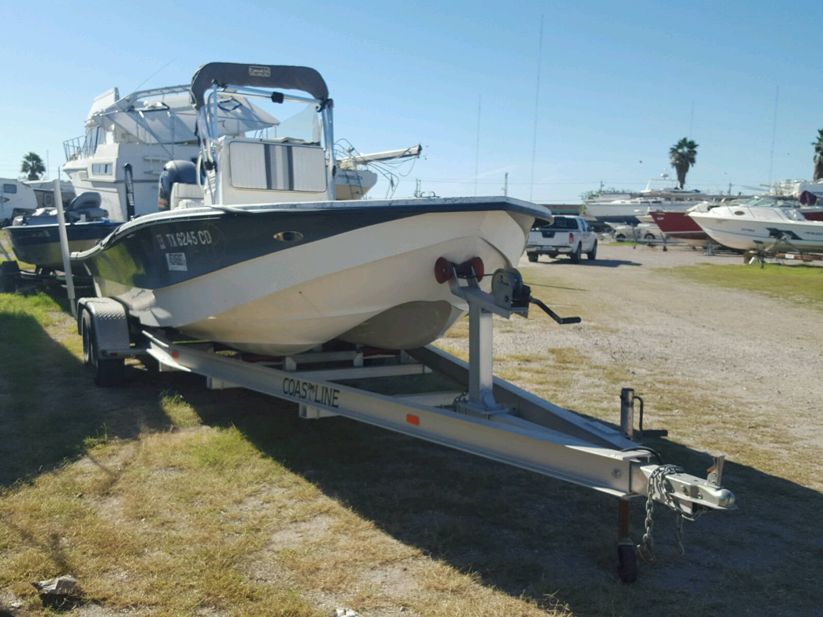 Salvage 2014 Dynasty BOAT for sale