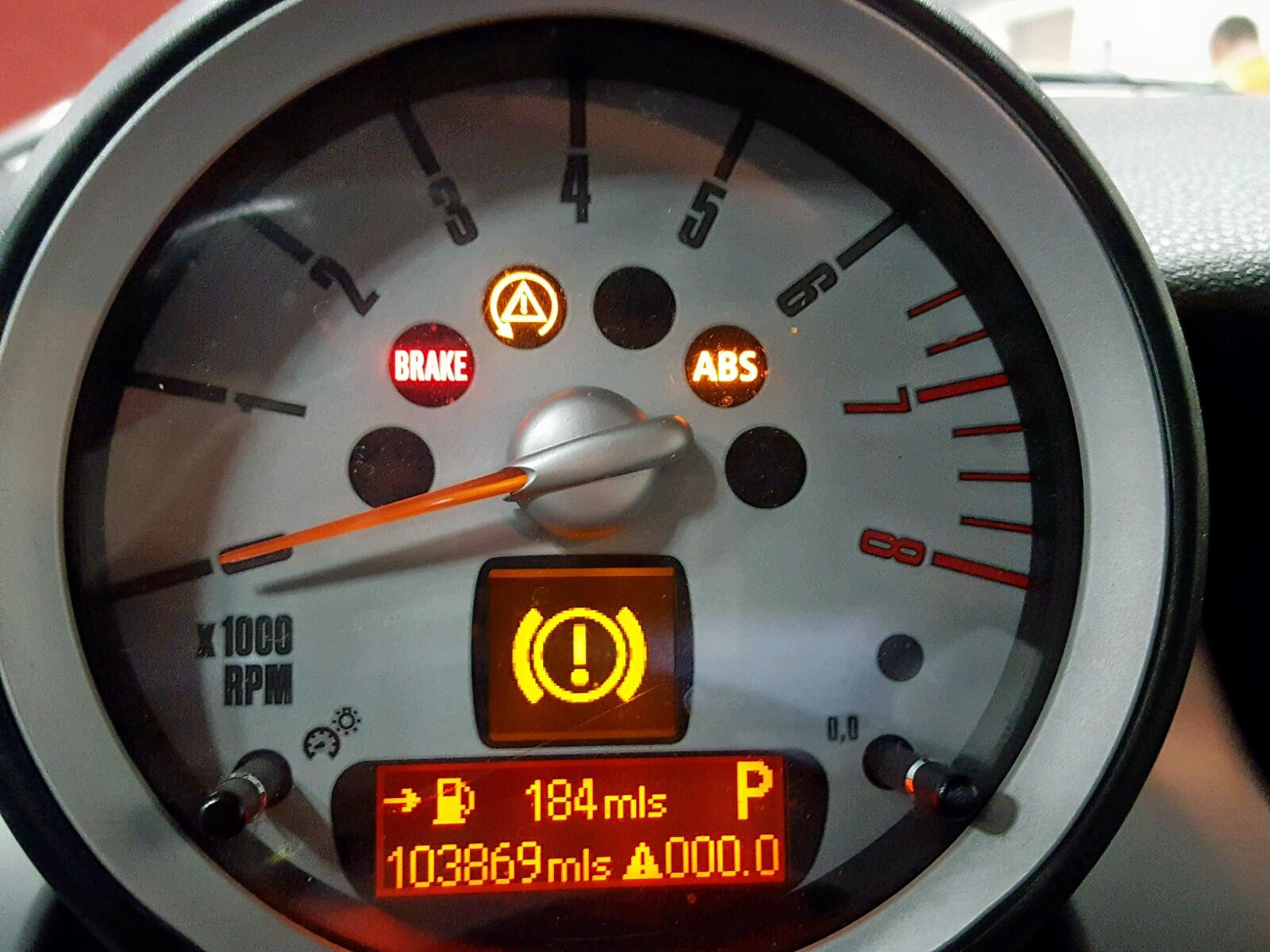 Auto Auction Ended on VIN: WMWML33508TN67687 2008 Mini