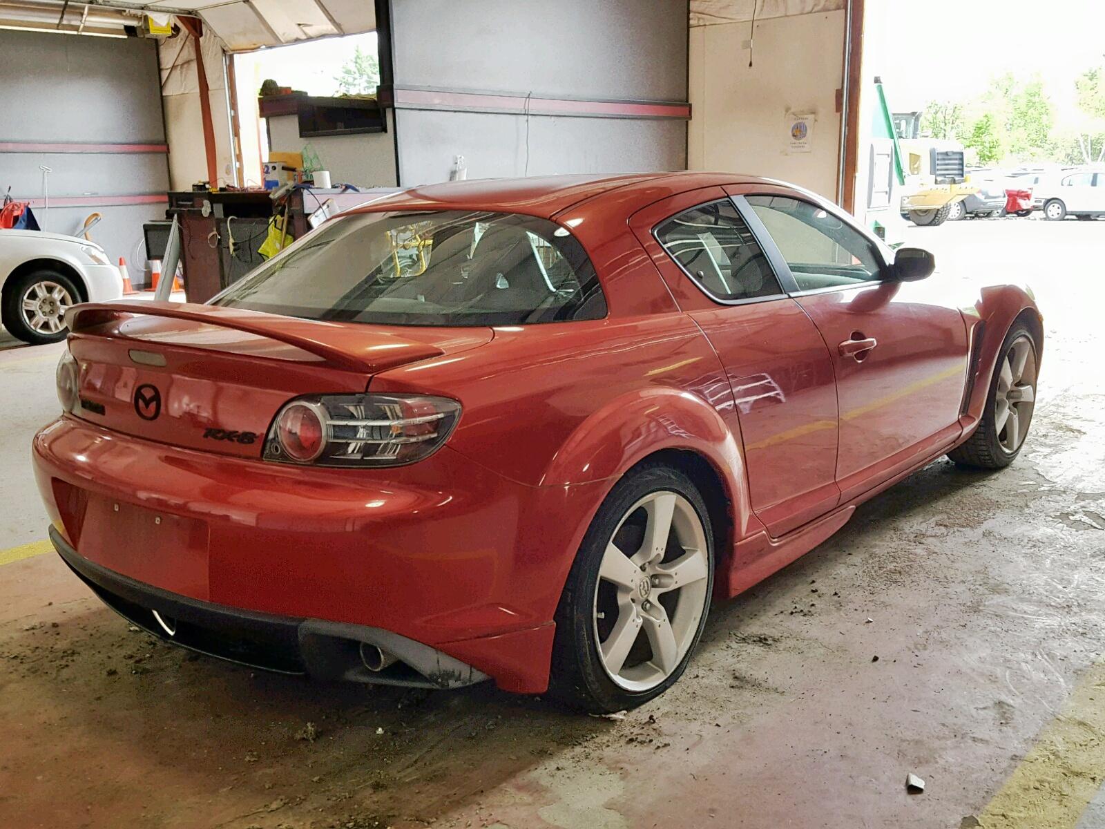 JM1FE173550158875 - 2005 Mazda Rx8 1.3L rear view