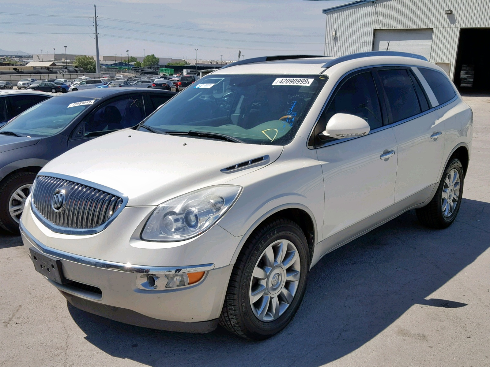 5GAKVCED1CJ321648 - 2012 Buick Enclave 3.6L Right View