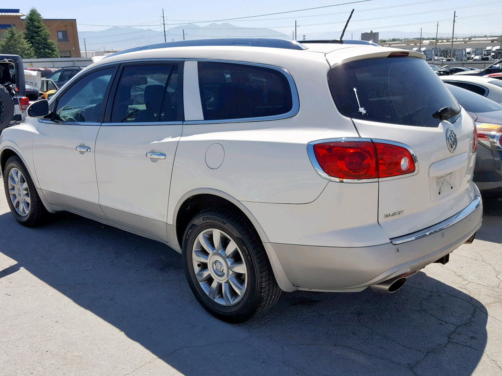 5GAKVCED1CJ321648 - 2012 Buick Enclave 3.6L [Angle] View