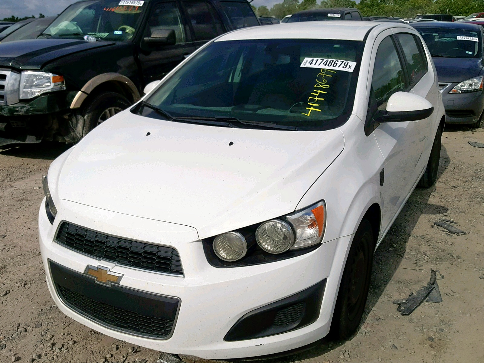 click here to view 2015 CHEVROLET SONIC LS at IBIDSAFELY