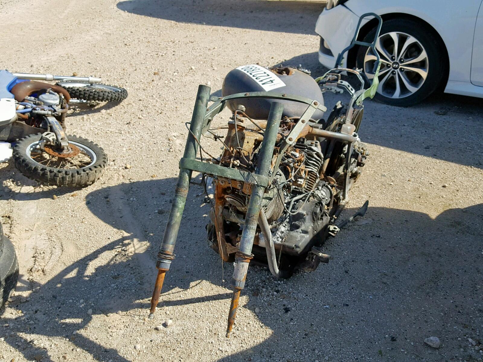 JYAVP11E84A056507 - 2004 Yamaha Xvs1100 A 2 Right View