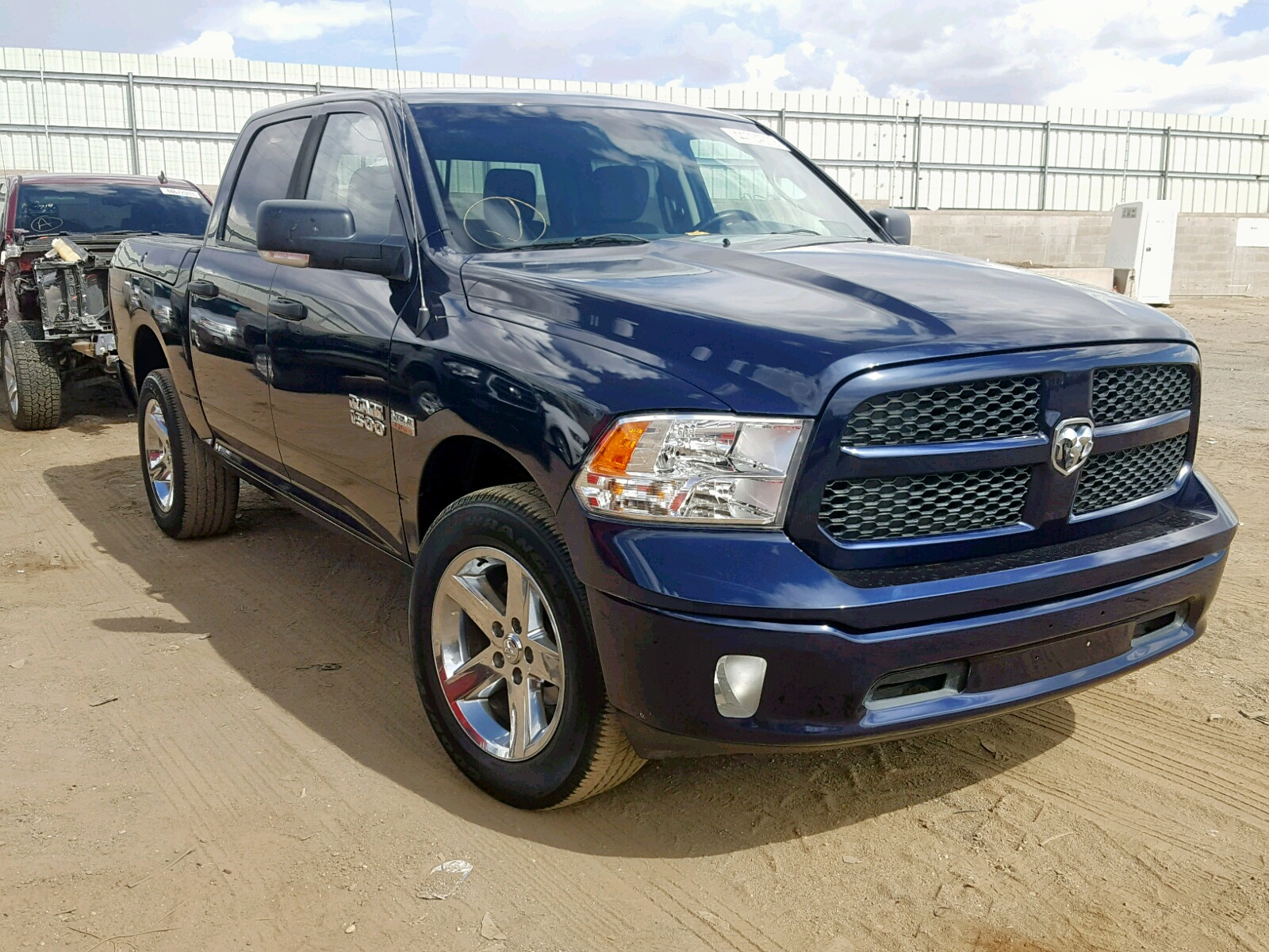 1C6RR7LT6ES134333 - 2014 Ram 1500 Slt 5.7L Left View