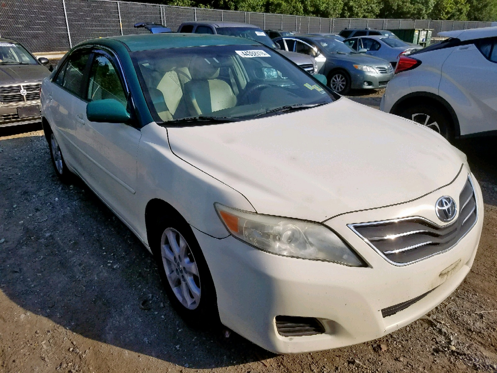 2011 Toyota Camry 2.5L Left View