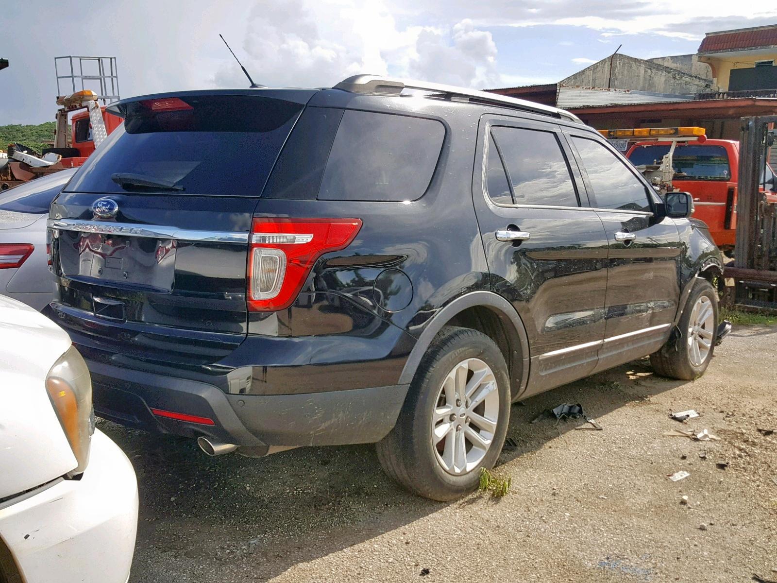 1FMHK7D85CGA54259 - 2012 Ford Explorer X 3.5L rear view