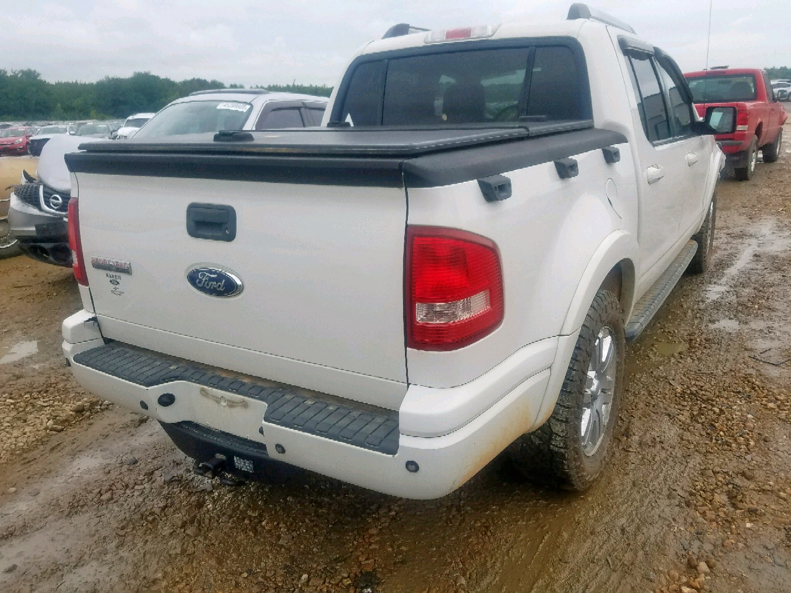 1FMEU33E18UA99057 - 2008 Ford Explorer S 4.0L rear view
