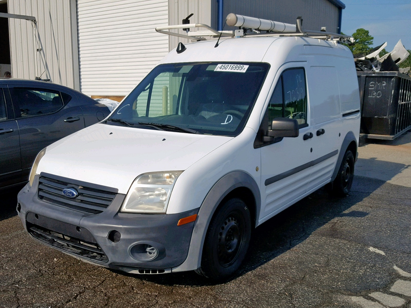 NM0LS7AN0BT071241 - 2011 Ford Transit Co 2.0L Right View
