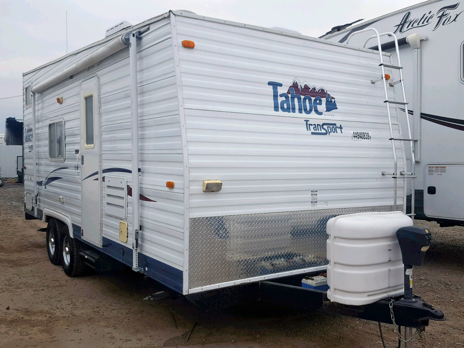 click here to view 2004 RTRA TAHOE at IBIDSAFELY