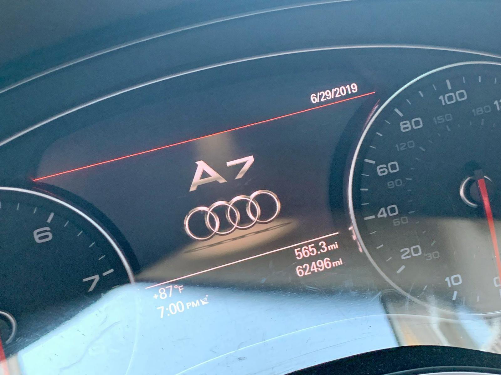 2013 Audi A7 Prestig 3.0L front view