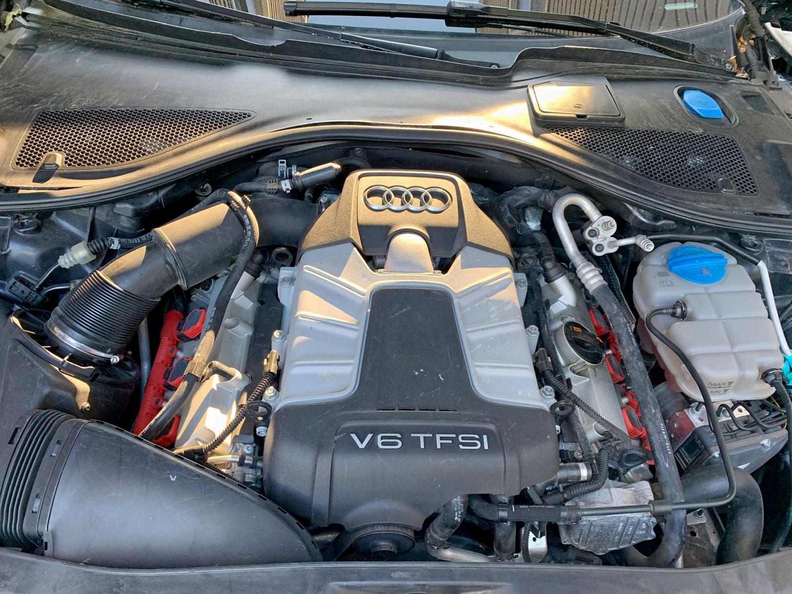 2013 Audi A7 Prestig 3.0L inside view