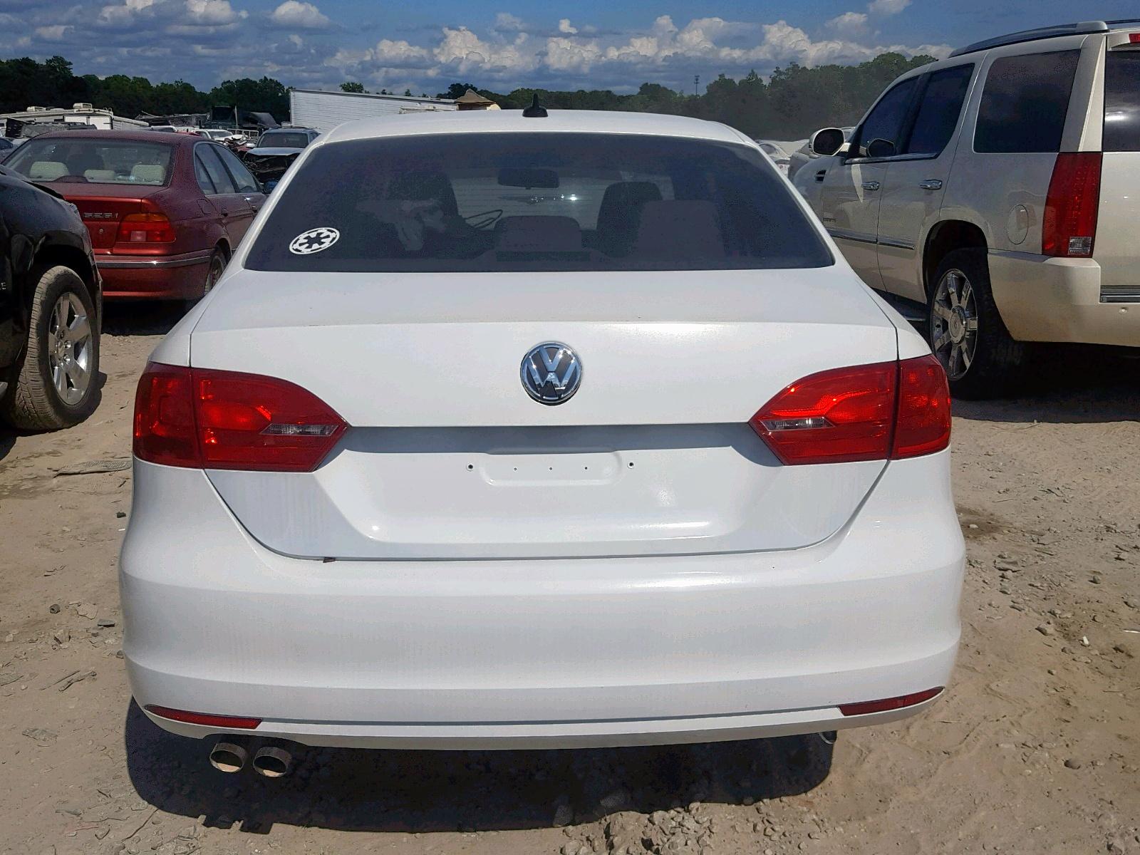 Auto Auction Ended on VIN: 3VW3L7AJ8DM292615 2013 Volkswagen