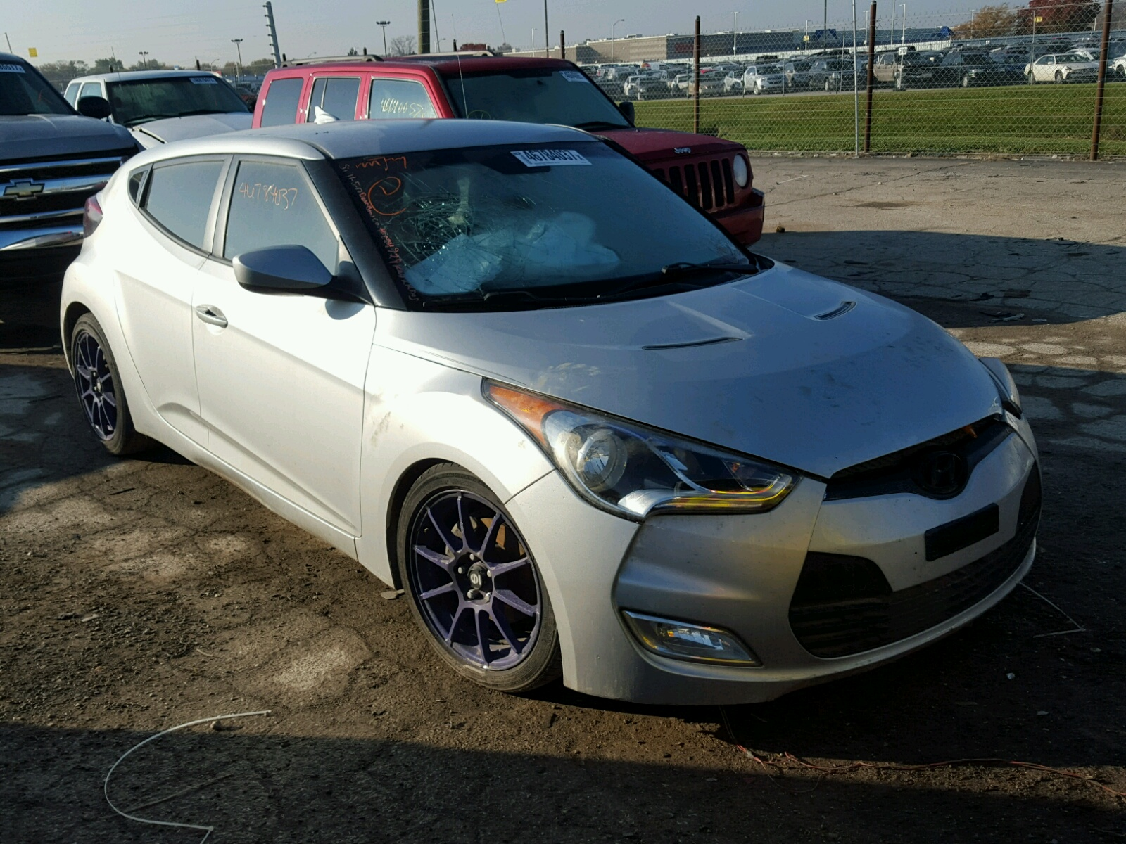 cars copart b sale hyundai at for in lot indianapolis veloster