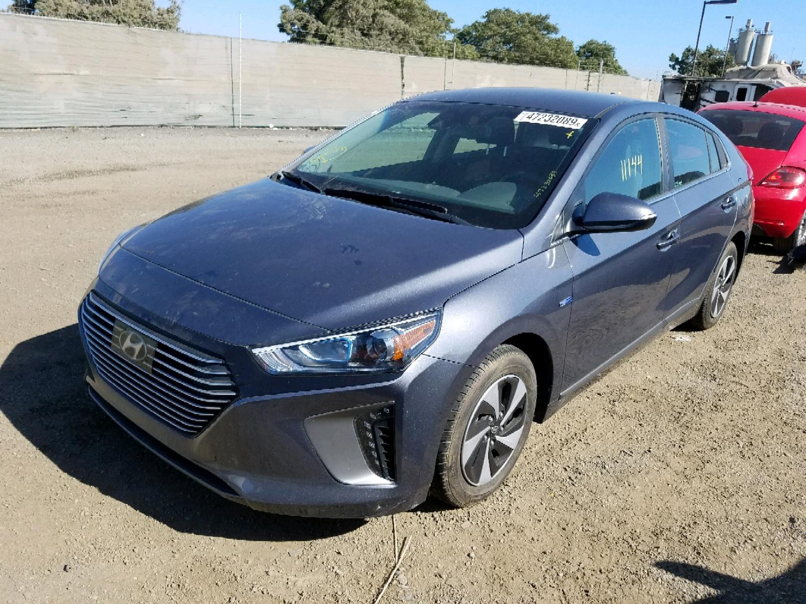 KMHC75LC2HU028247 - 2017 Hyundai Ioniq Sel 1.6L Right View