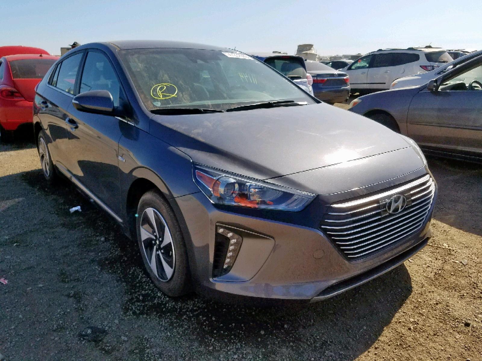 KMHC75LC2HU028247 - 2017 Hyundai Ioniq Sel 1.6L Left View