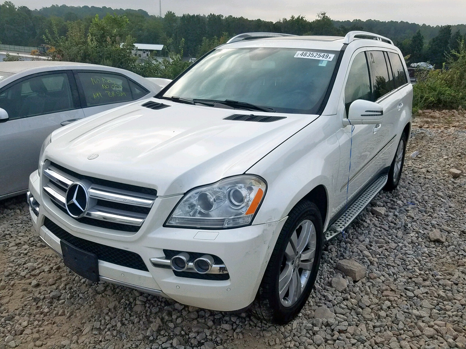4JGBF7BE3BA653293 - 2011 Mercedes-Benz Gl 450 4Ma 4.6L Right View