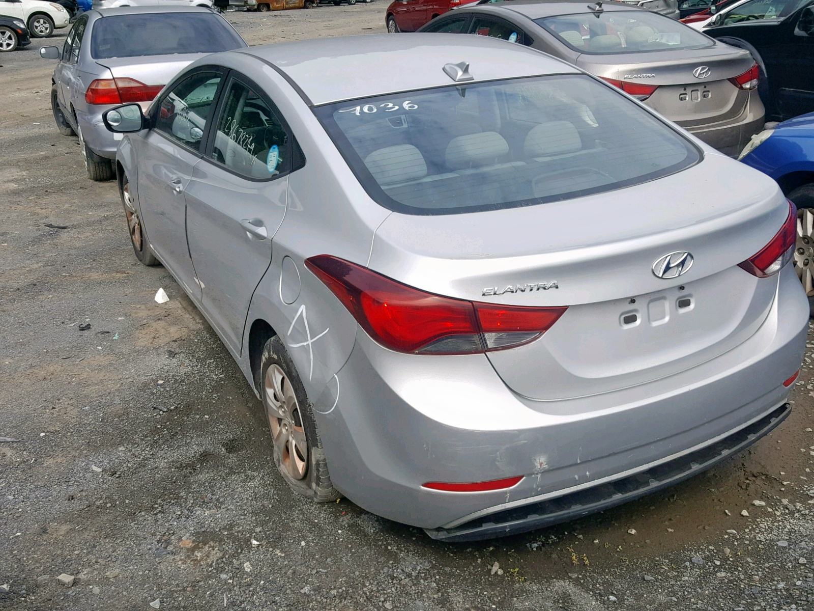 5NPDH4AE0GH703333 - 2016 Hyundai Elantra Se 1.8L [Angle] View